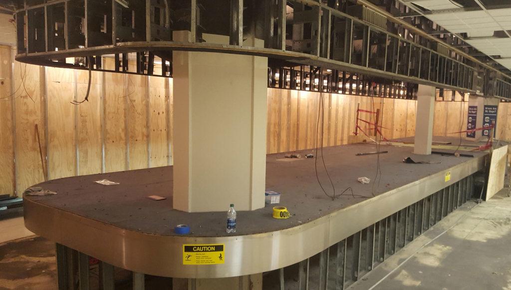 New B baggage carousel installation