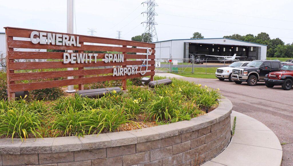 General DeWitt Spain Airport (GA)