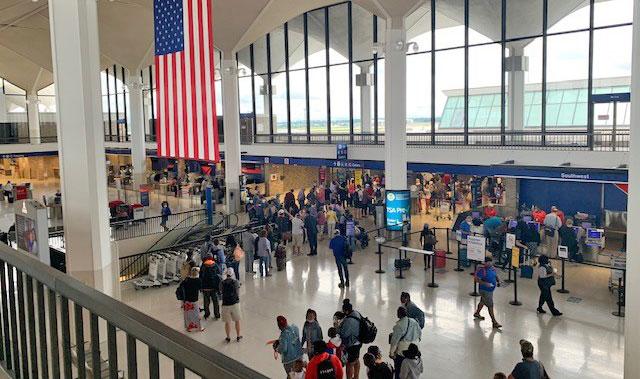 B Ticketing at MEM - Long lines at TSA checkpoint
